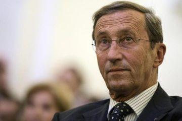 onorevole Gianfranco Fini